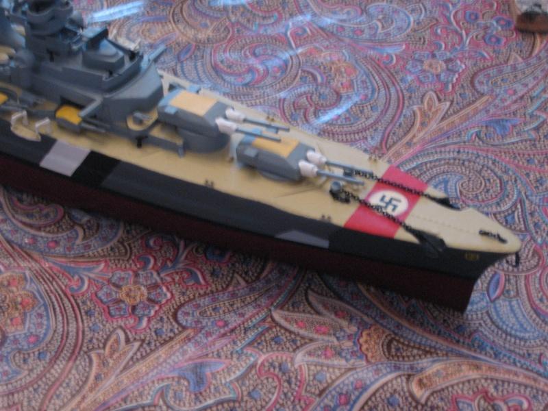 HMS Hood & DKM Bismarck Airfix au 1/600 - Page 2 Img_2711