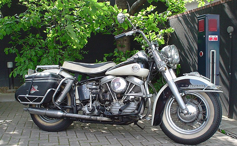 Les vieilles Harley......... (ante 84) - Page 39 58r10