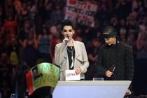 [USA/novembre 2011] Bill et Tom Kaulitz lancent une application sur téléphone portable pour leurs fans 92c97710
