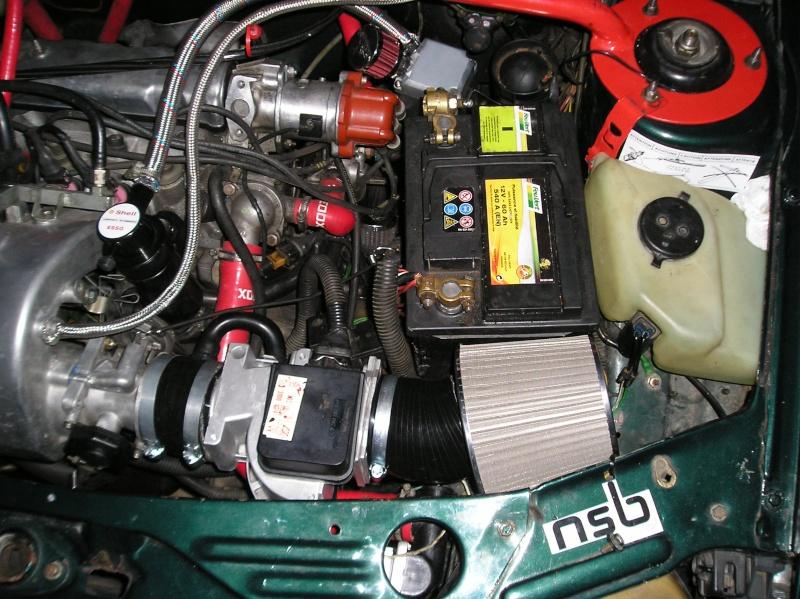 [Fondzi] 205 GTI 1.9L Rouge Nacré AM88  P1010141