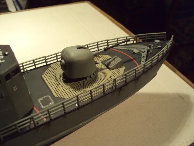 Schnellboot der Gepard-Klasse 143 A von Revell in 1/144 Authen13