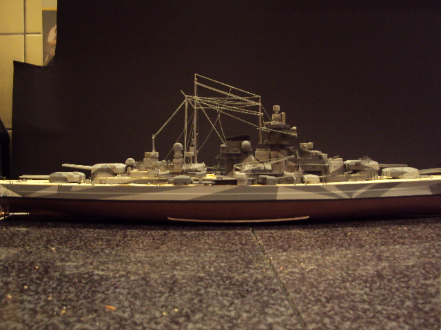 Academy Tirpitz Limited Edition in 1:350 - Seite 2 Bau_de11