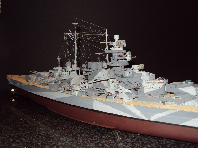 Academy Tirpitz Limited Edition in 1:350 - Seite 2 Bau_de12