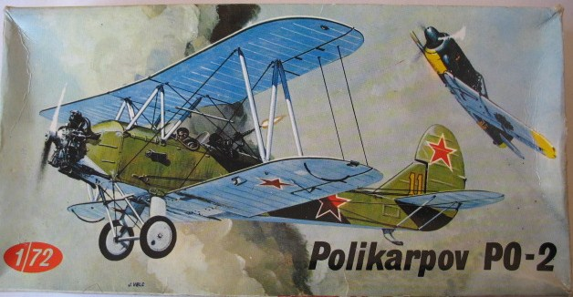 Polikarpov Po 2 VS ICM 1/72  Polika14