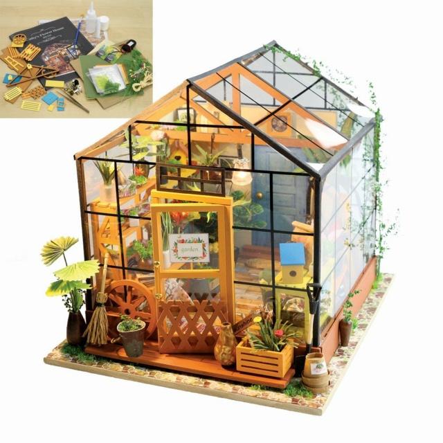 Modell-Gewächshaus von DIY HOUSE 4361611