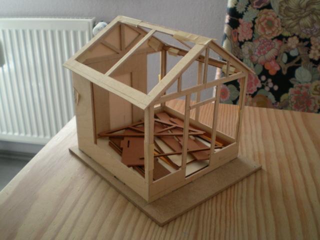 Modell-Gewächshaus von DIY HOUSE Sany1227