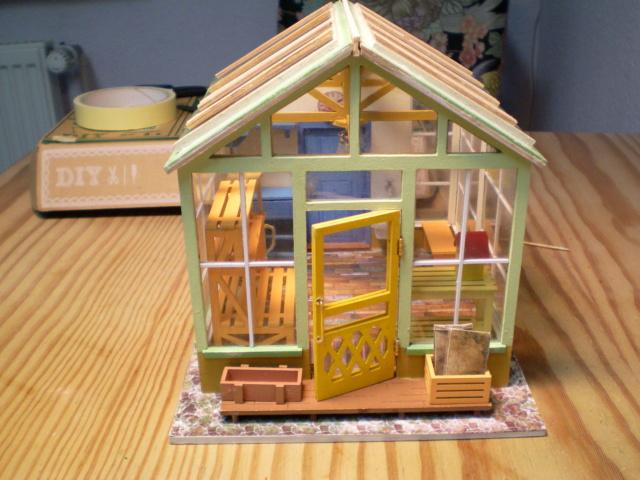 Modell-Gewächshaus von DIY HOUSE Sany1240