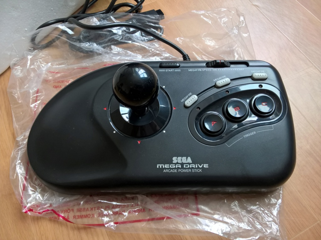 [RECH] Arcade Power Stick Mega Drive Wp_20111