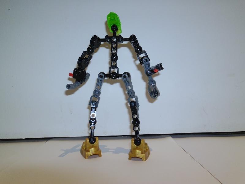 [Figurines] Hero Factory 2012 : Les nouvelles images - Page 15 P1000113
