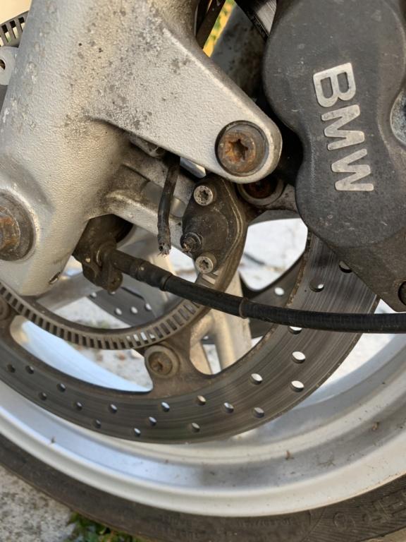 Câble capteur abs sectionné  52308a10