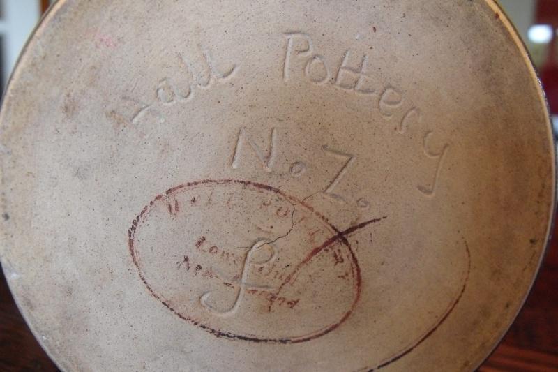 Hall Pottery? Dscf8211