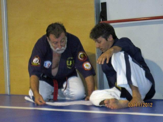Niveau 4 de Kyusho-Jitsu à Palamos (Espagne) Avec_d10
