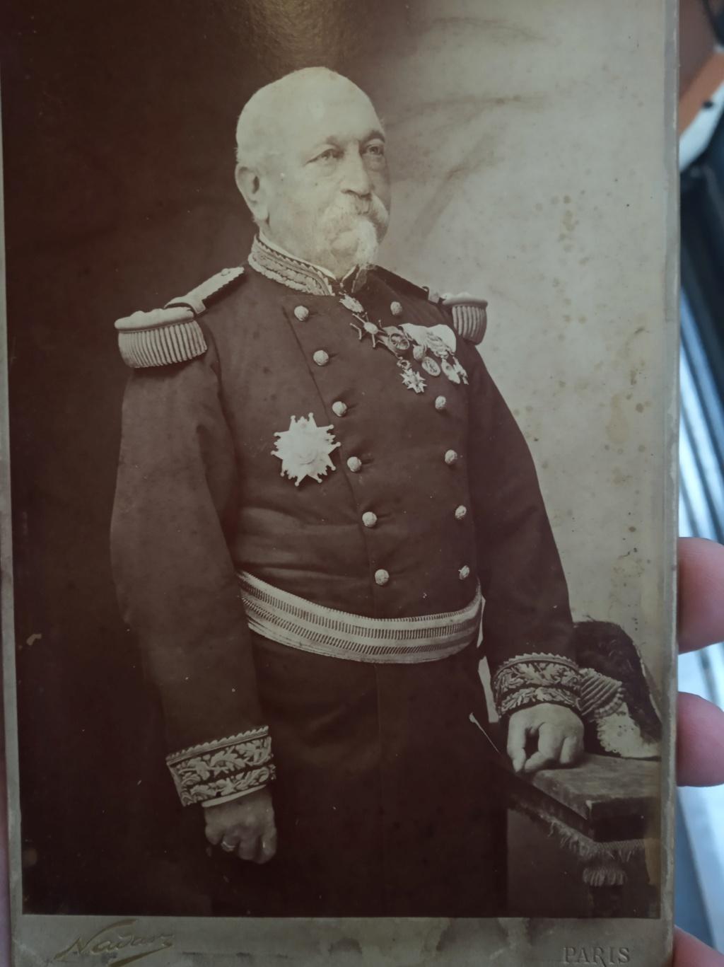 Un général en photographie par Nadar mais qui est ce ?? Img_2244