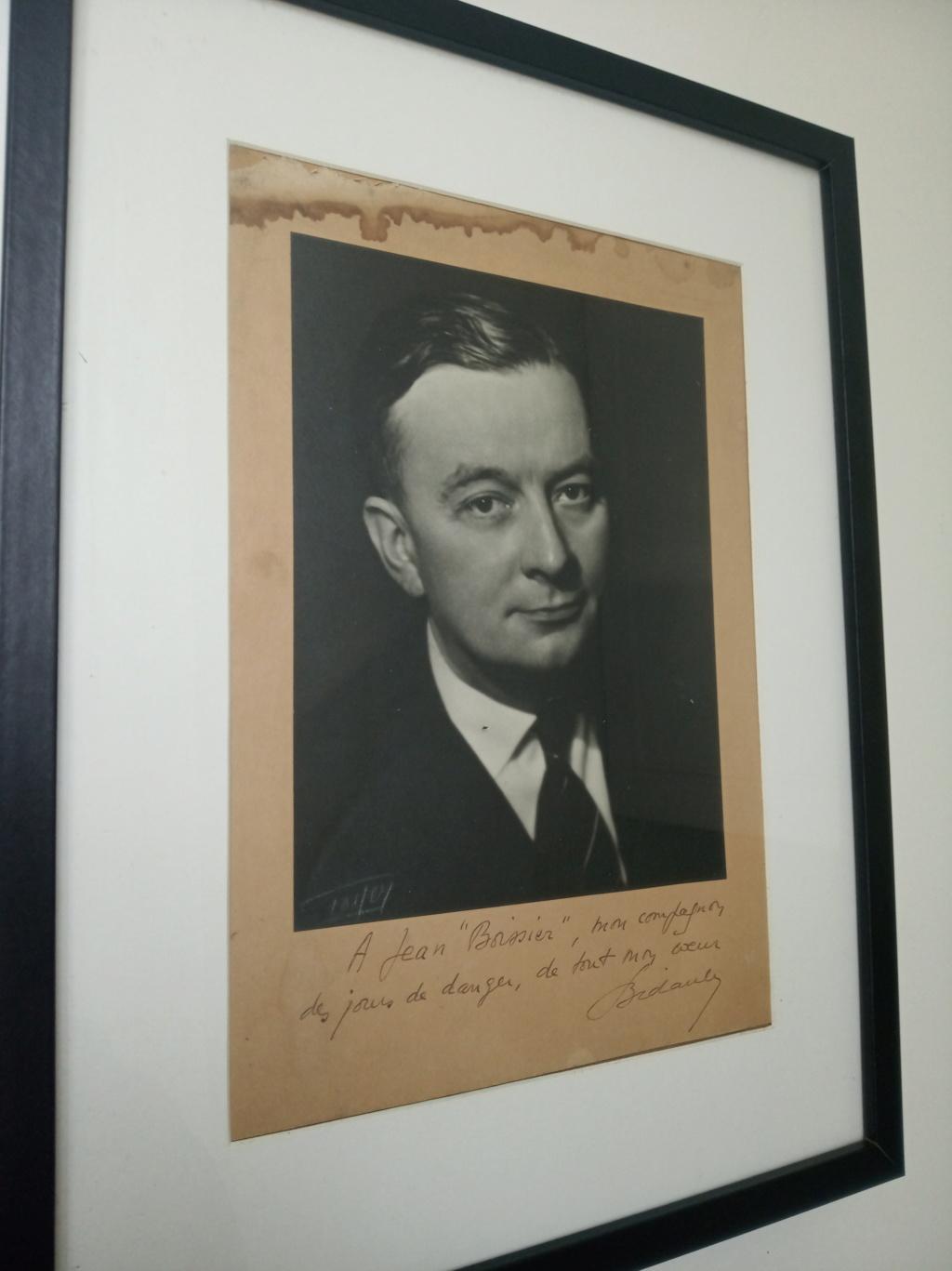Deux portraits dédicacés de Georges Bidault, président du CNR  Img_2255