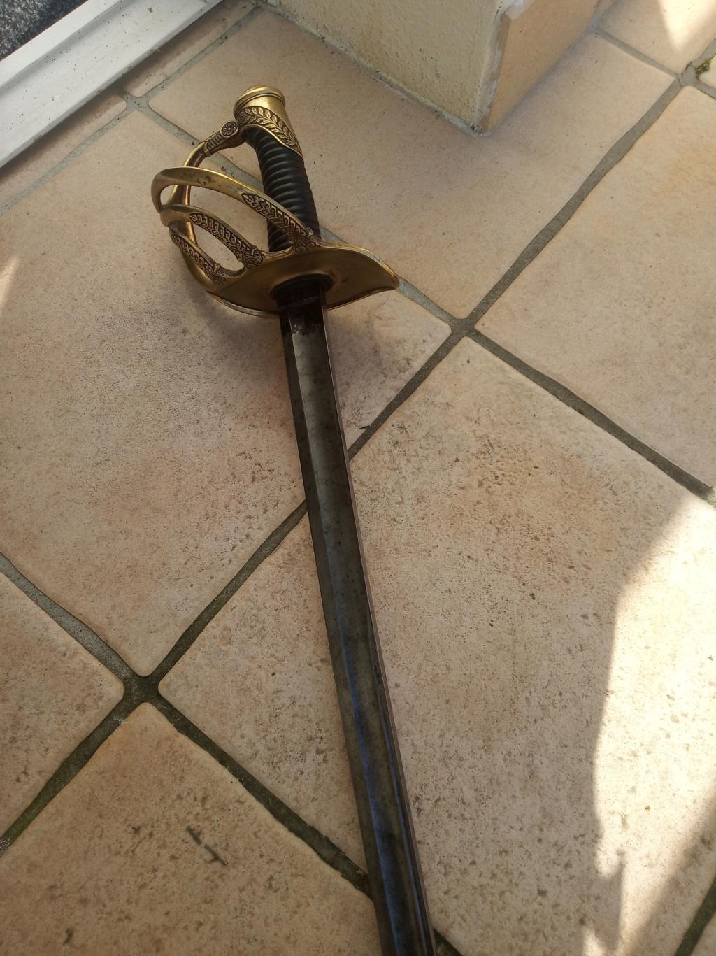 est ce un sabre de cavalerie Mle 1822/1888 de DRAGONS Img_2258