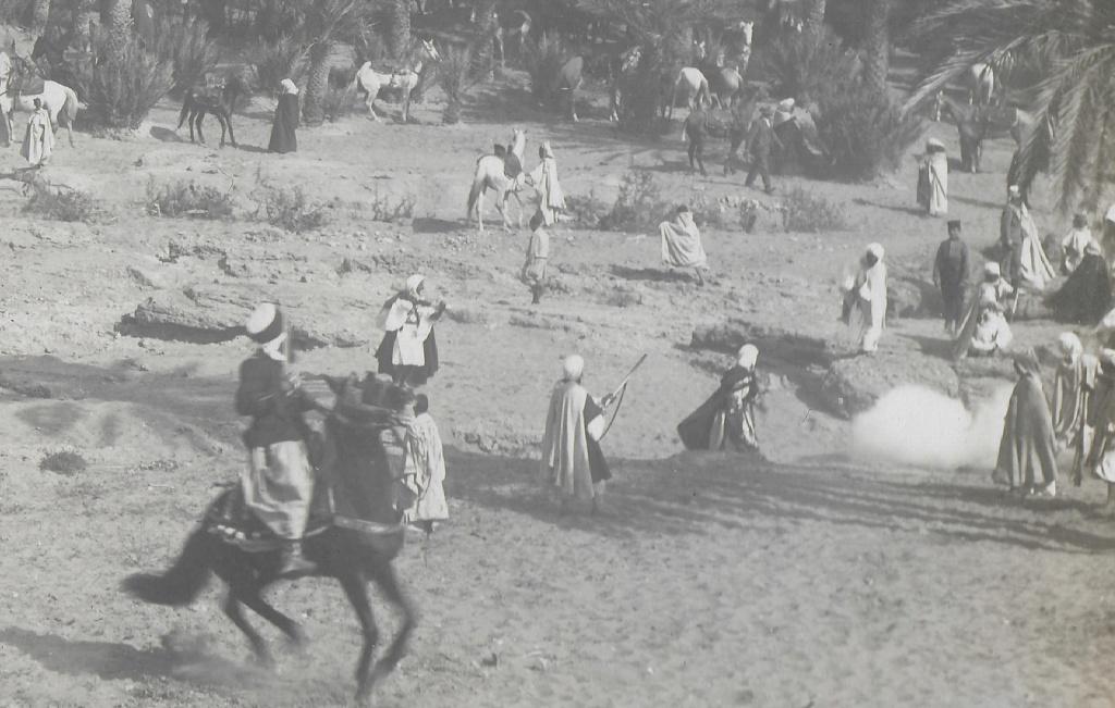 Un groupe franc au Maroc vers 1910-1911 Maroc_16