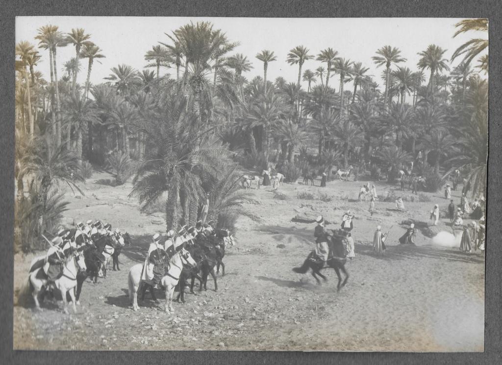 Un groupe franc au Maroc vers 1910-1911 Maroc_18