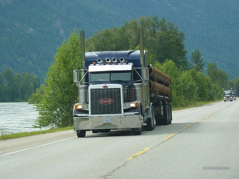 Canadian Trucking 2012 P1140710