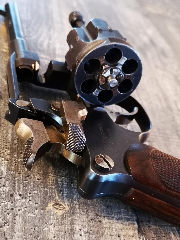 revolver 1892 un peu différent 1892_611