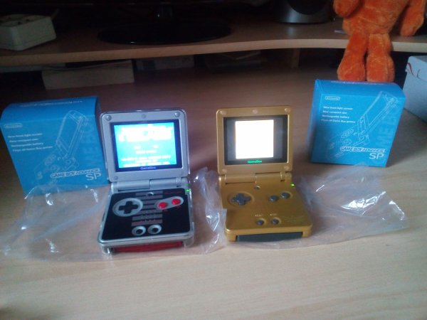 Consoles GBA SP, Dreamcast 33193912