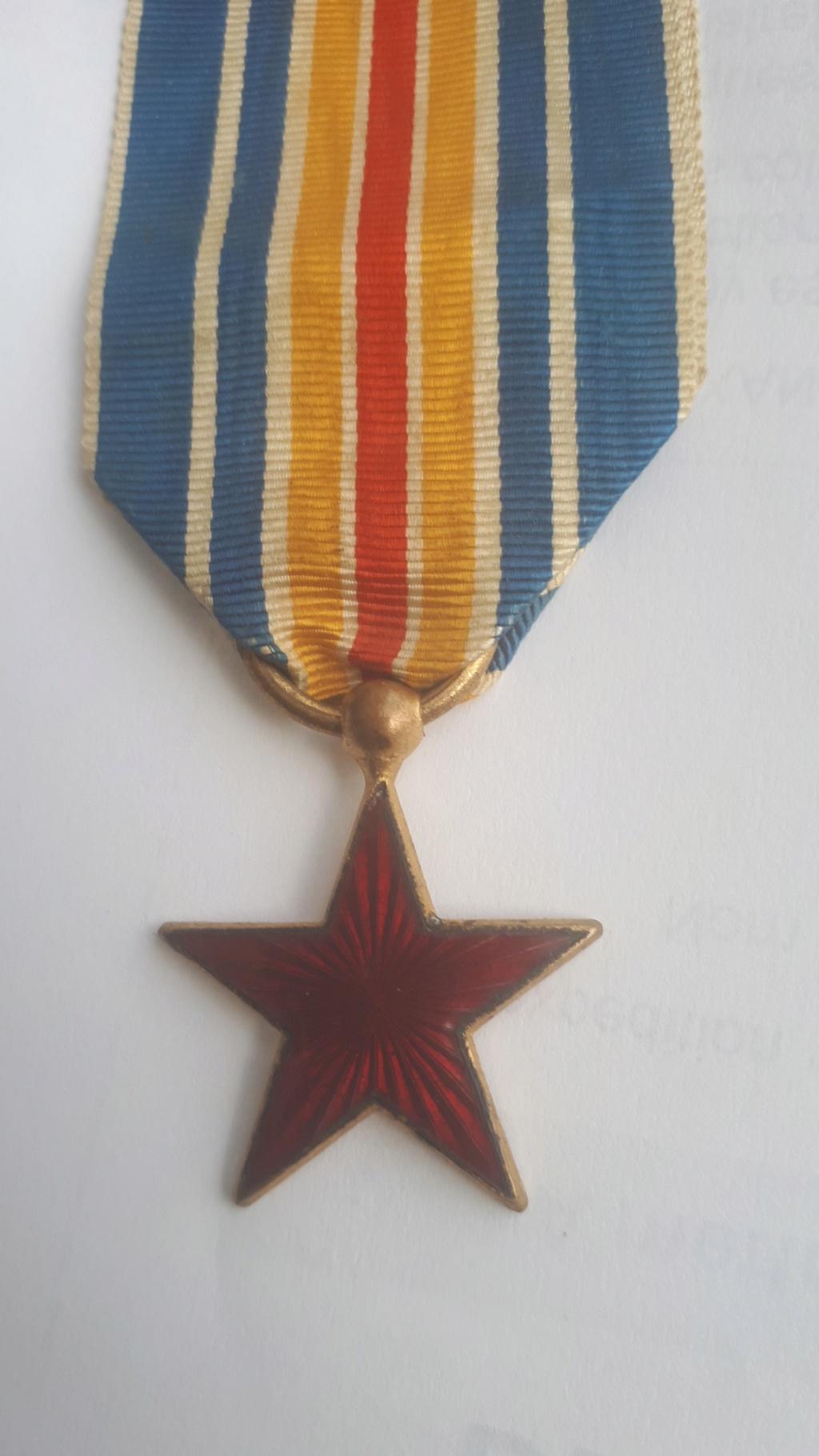 une belle medaille des blessés  20181241