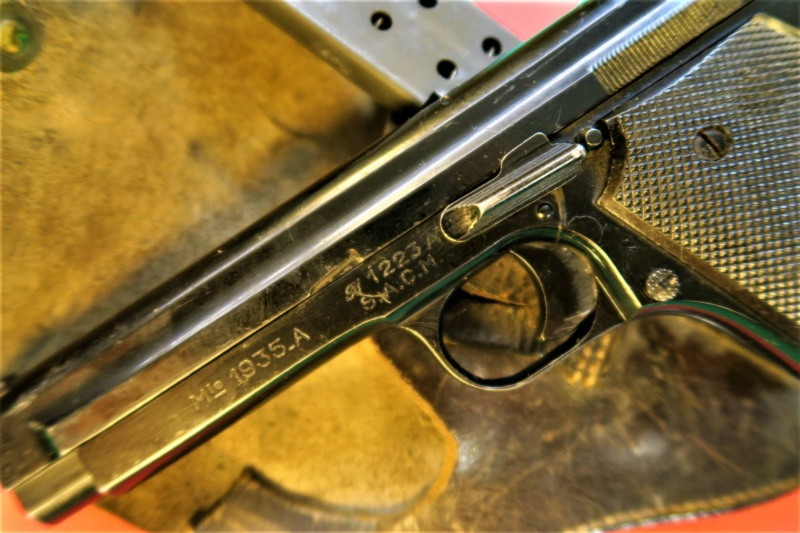 """Pistolet réglementaire MAS Modèle 1935 """"S"""" - Page 2 Img_2921"""