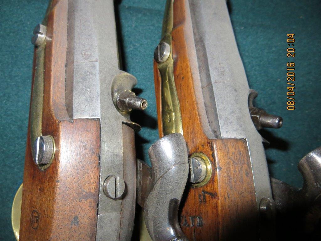 Pistolet de cavalerie à percussion modèle 1842 - Page 2 Img_3339