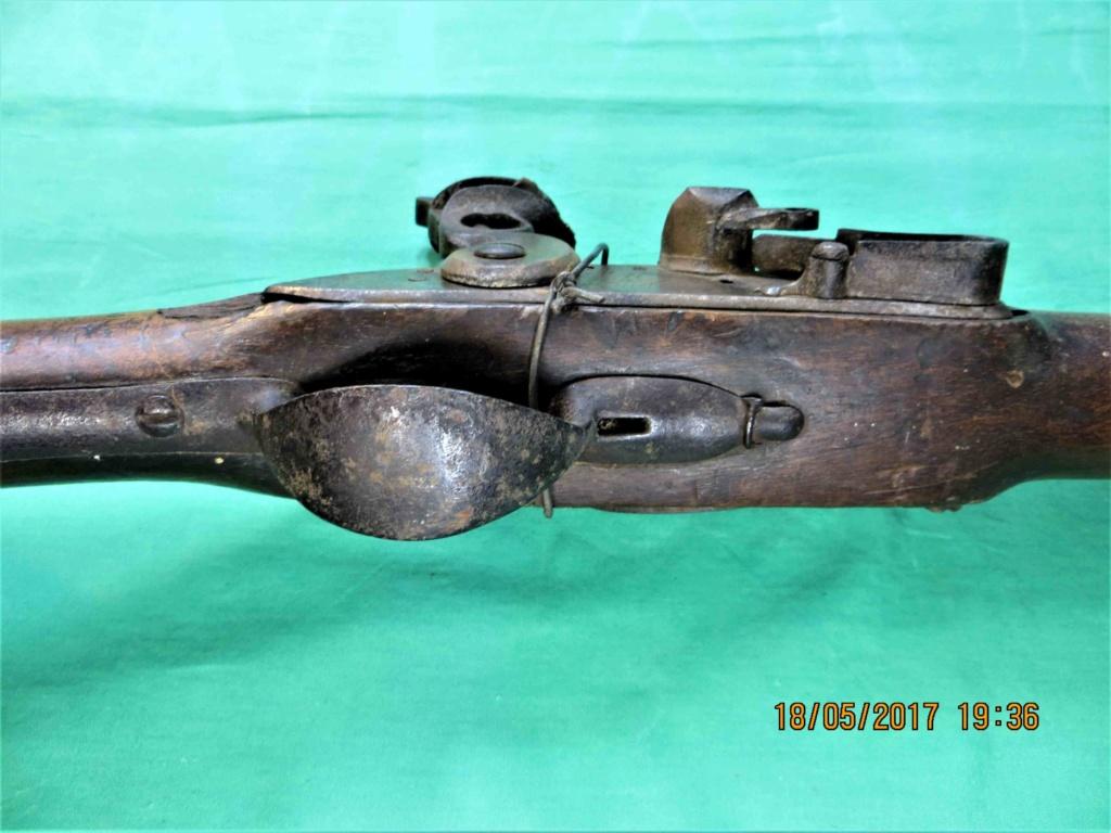un fusil d'officier ancien régime  Img_6013