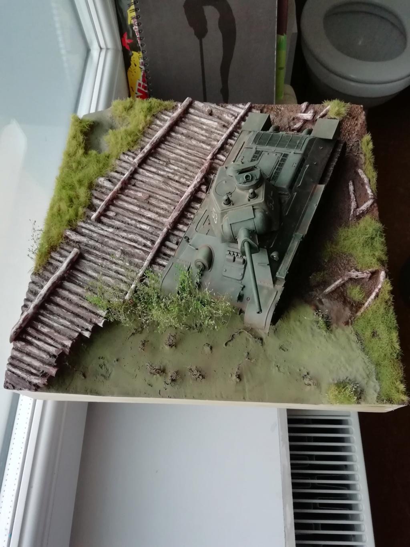 C'est parti ... 1er sujet - Diorama T34/76 E, modèle 1943 - Page 2 Img_2032