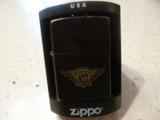 Mes nouveaux zippos  P1030613
