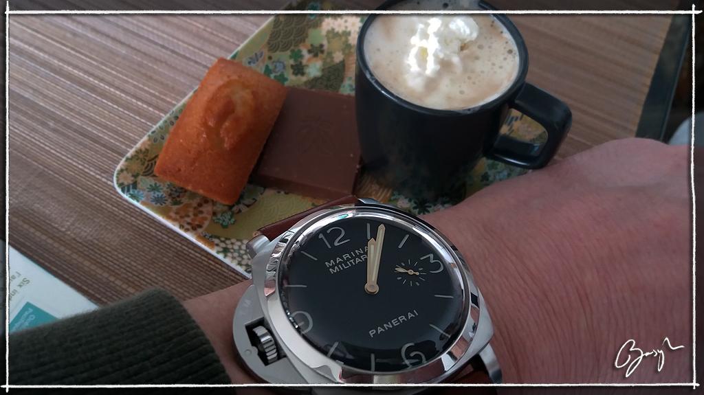 Pause café et montre (toutes marques) - tome III - Page 3 217pa475