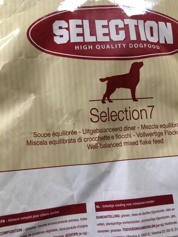 Don de croquettes pour chien  C01e8610