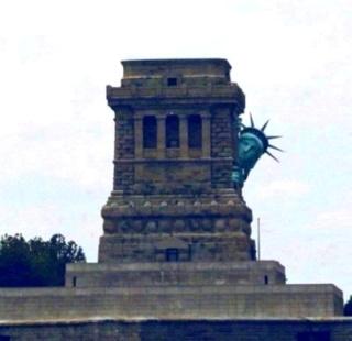 Weltweite Attacken auf Statuen! Statue10