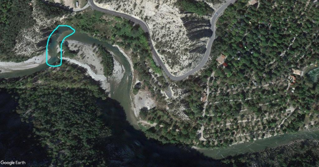 Recherche camping bord de rivière Gorges du Verdon 110