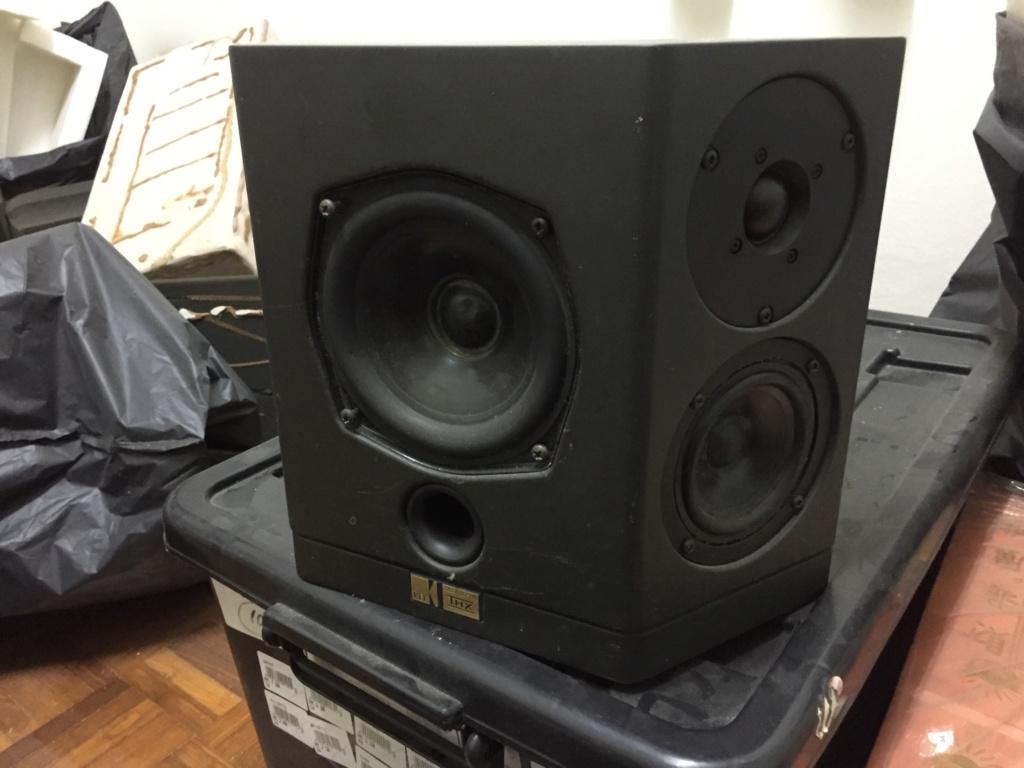 KEF AV 2 Surround Speaker Used Img_4919