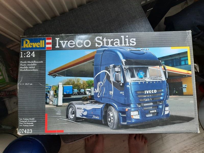 Iveco Stralis Umbau zum Iveco Strator / Revell, 1:24 0122