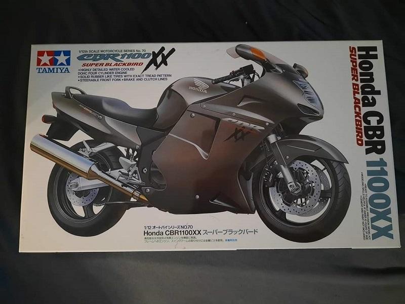 Tamiya Honda CBR 100XX Super Blackbird 1:12 0131
