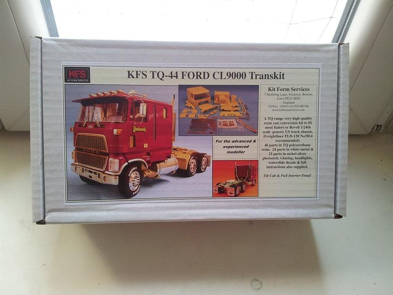 KFS Ford CL9000 1:24 Transkit  01_14
