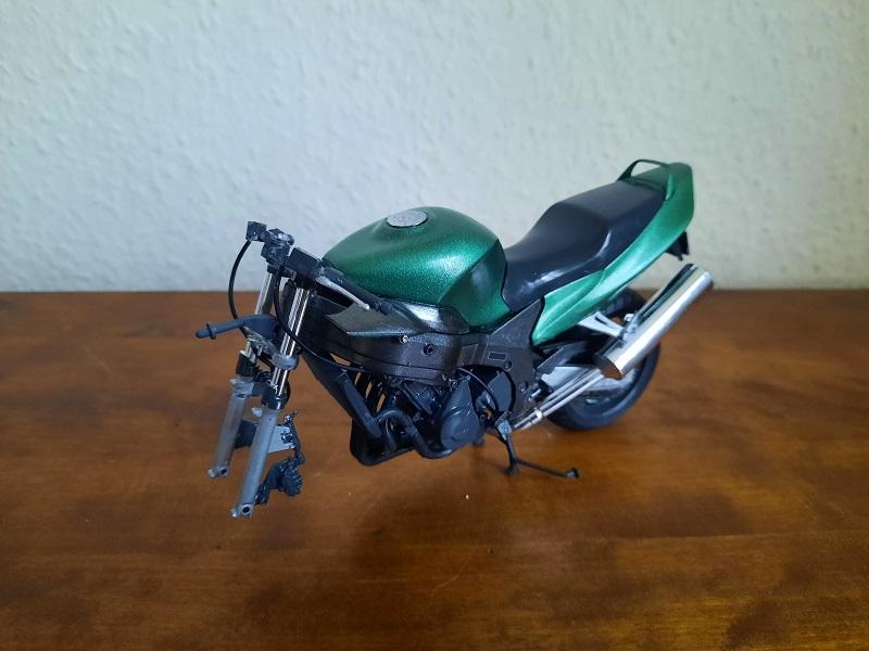 Tamiya Honda CBR 100XX Super Blackbird 1:12 1026
