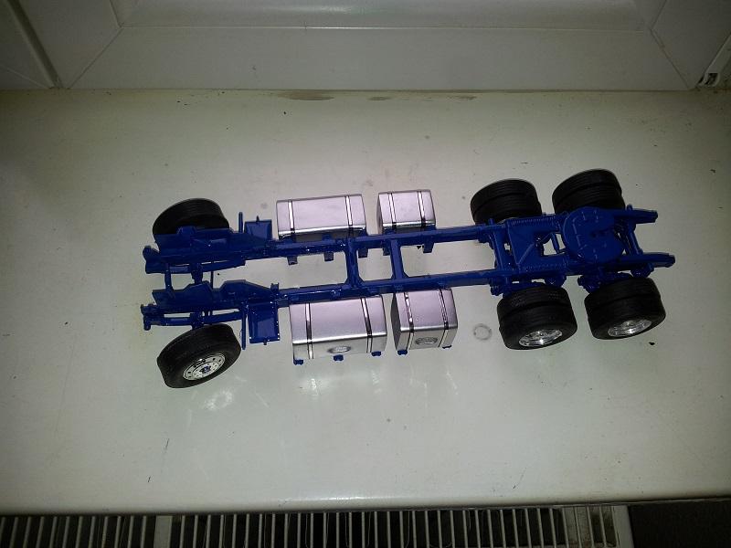 Revell Ford LTL 9000 Down under 1:24 3111