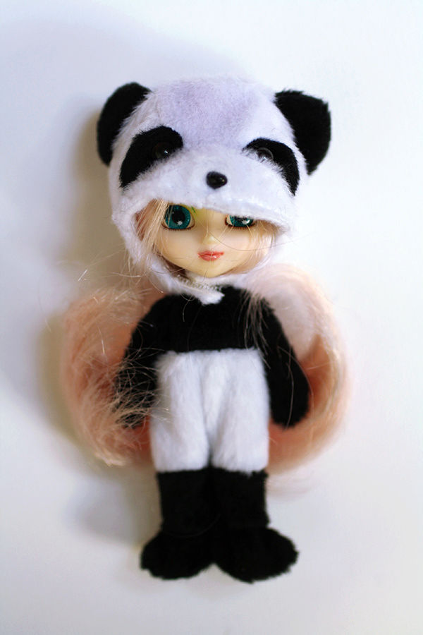 (VDS) Little Pullip Panda, Disney Frozen Img_6310