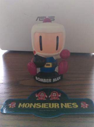Les figurines Bomberman 37736511