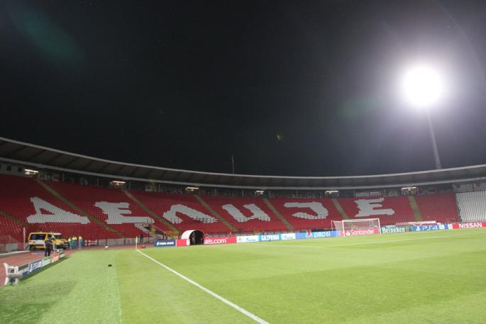 FK Crvena Zvezda - Page 5 0mar0210