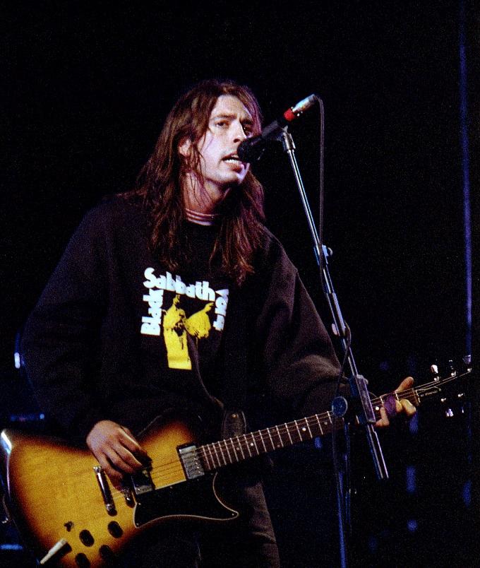 Black Sabbath: Tony Martin (p. 12) - Página 6 08_foo10