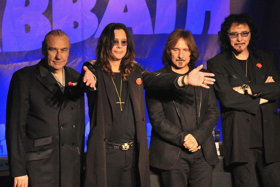 Black Sabbath: 13, 2013 (p. 19) - Página 18 2011_115