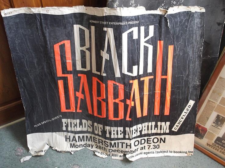 Black Sabbath: 13, 2013 (p. 19) - Página 12 20120911