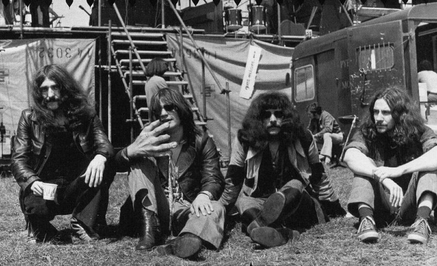 Black Sabbath 50: Legado - Página 15 Black_69