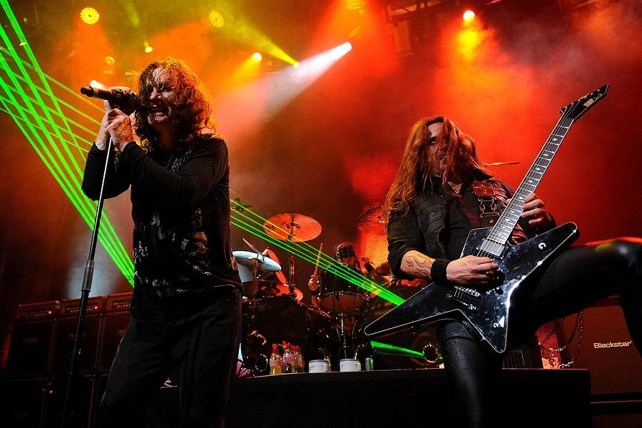 Black Sabbath: 13, 2013 (p. 19) - Página 18 East_r10