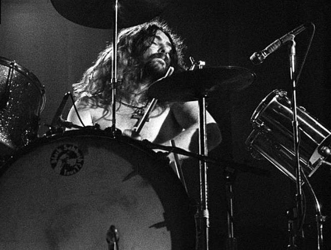 Black Sabbath: Tony Martin (p. 12) - Página 4 Rainbo10