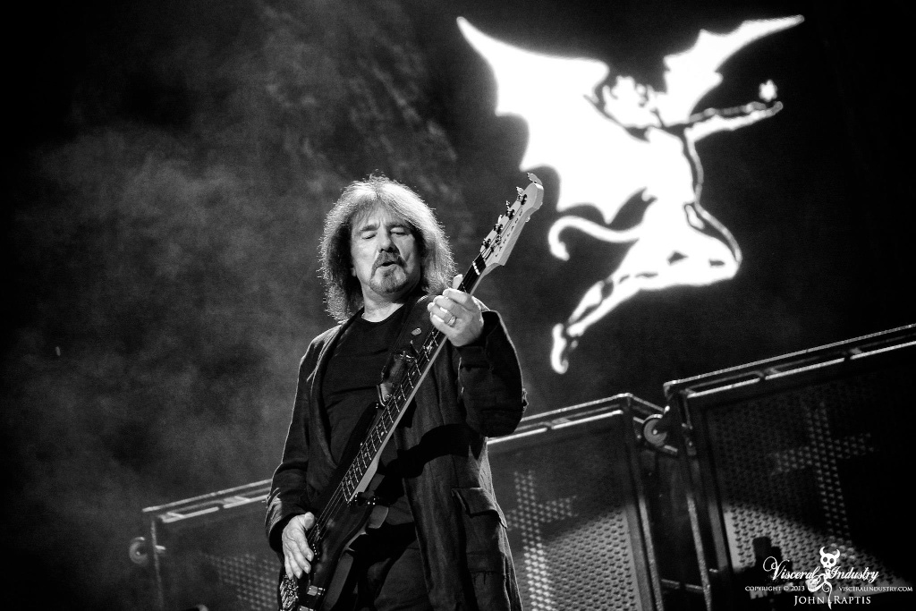 Black Sabbath 50: Legado - Página 2 Raptis10
